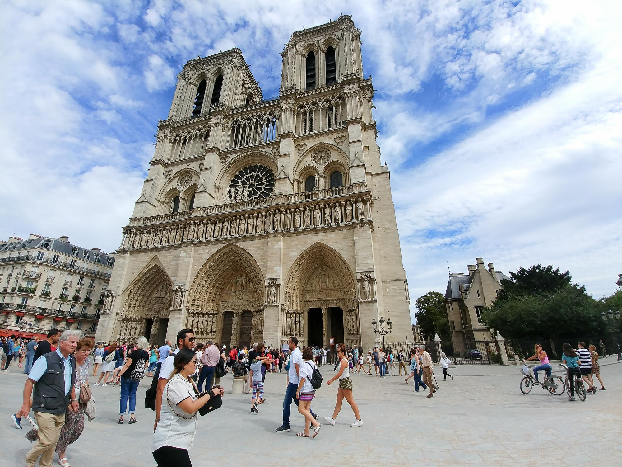 Reisebericht: Eine Kurzreise nach Paris im Sommer